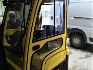 HYSTER9